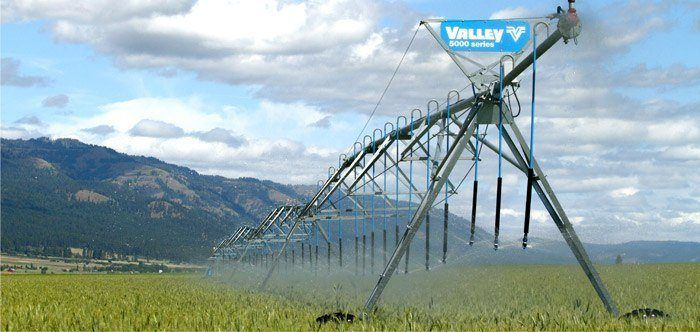 Valley Center Pivot Irrigation Equipment 1